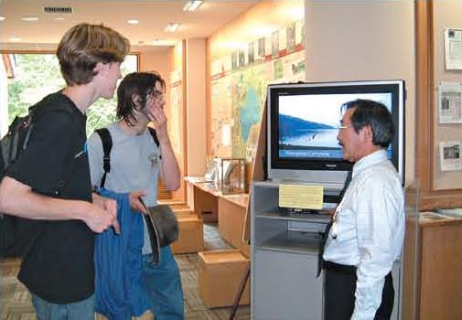 外Providing park information for foreign visitors[Shikotsuko]